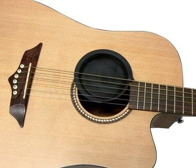 Dušilec povratnih zvokov za akustično kitaro Fire & Stone Gewa