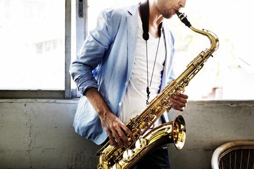 Saksofon - dejstva