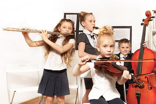 Otroci v glasbeni šoli