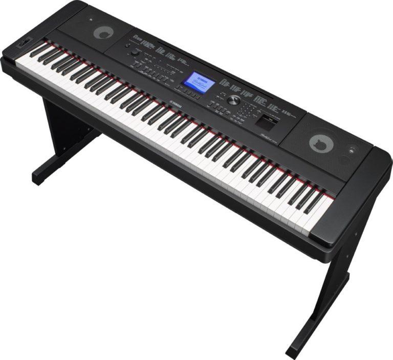 Prenosni električni klavir Yamaha DGX-660 Portable Grand