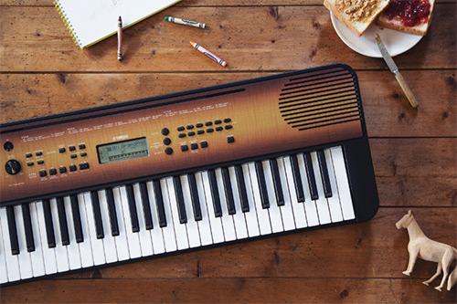 Električna klaviatura PSR-E360