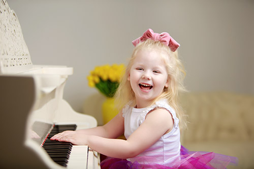 Učenje igranja na klavir