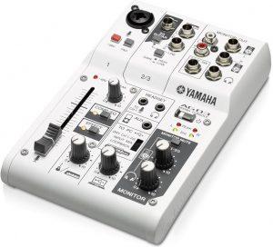 Mešalnik Yamaha AG03