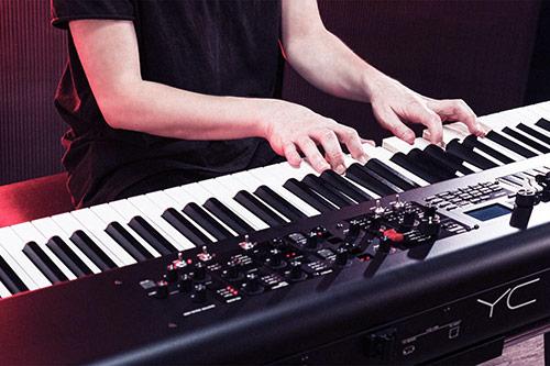 Električna klaviatura YC