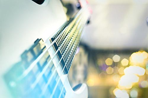 5-strunska bas kitara