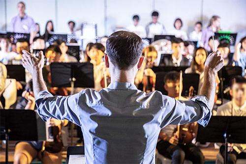 Sodelovanje otroka v šolskem orkestru